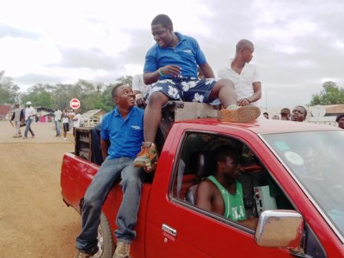 Osman Ashanti og Michael Jones under Sierra Leone Jungle Run 2011